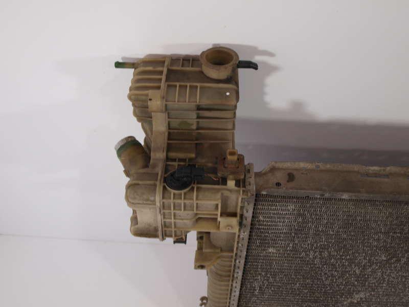 Радиатор воды, mercedes-benz vito w638 (мерседес), основной радиатор mercedes-benz vito w638 2.2