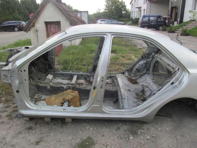 Комплекты деталей кузова, toyota camry v40, стойка кузова средняя toyota camry (v40) 3.5, б/у